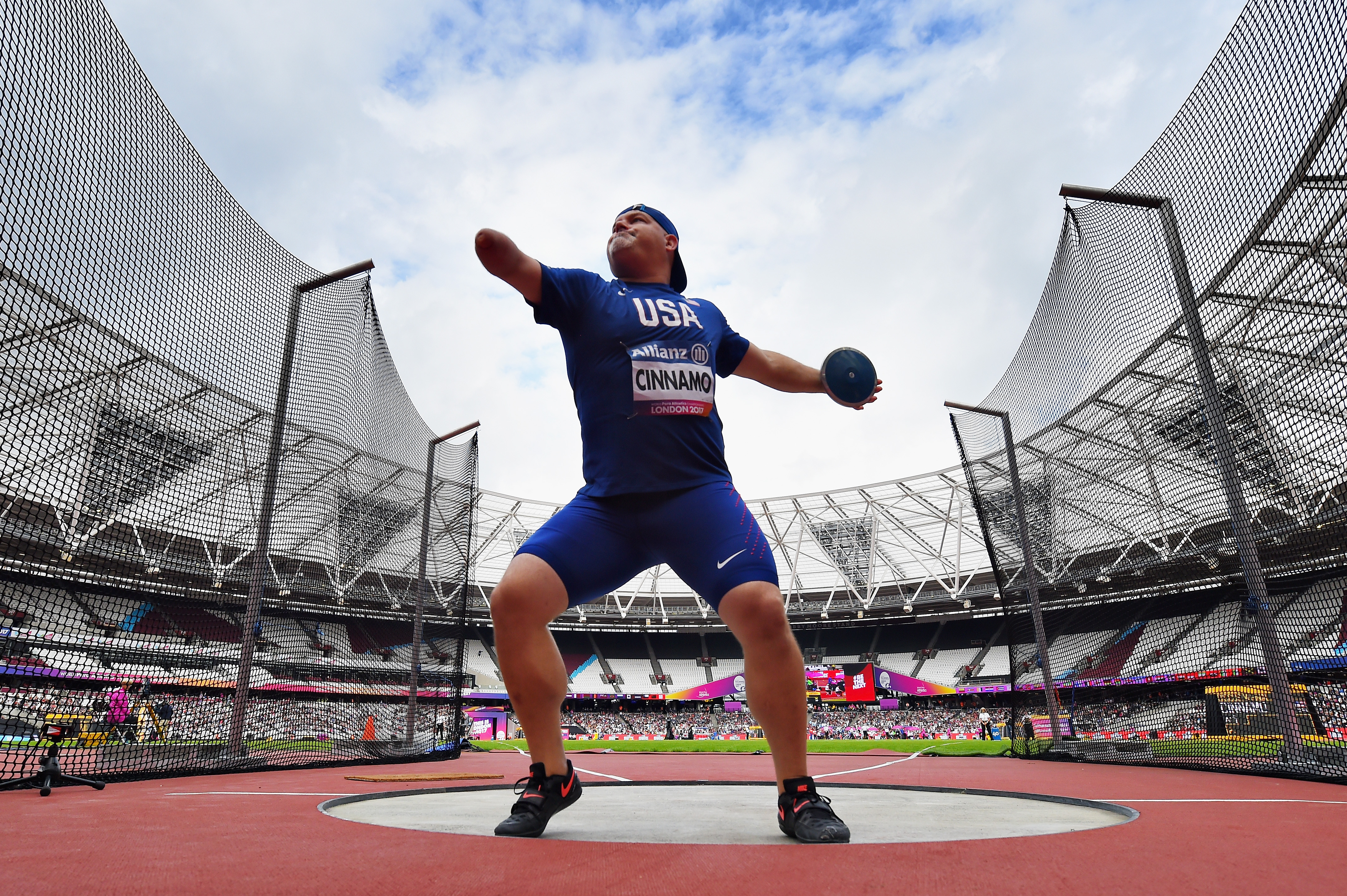 Joshua Cinnamo of USA competes in the Mens discus throw F46 final during day ten of the IPC World ParaAthletics Championships 2017 at London Stadium on July 23, 2017 in London, England.