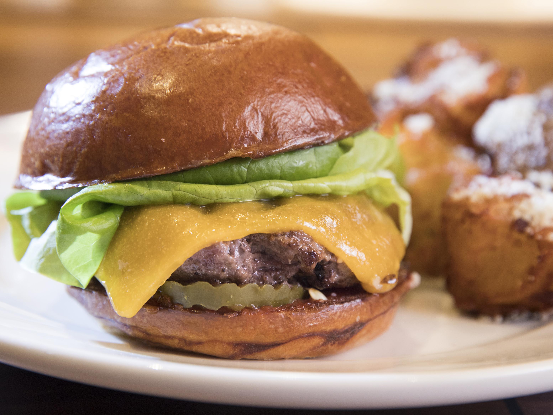Best Burger: Barnes &